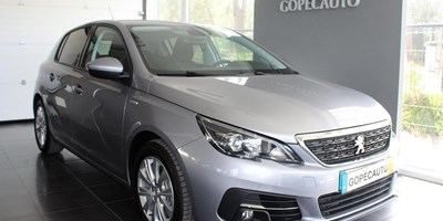 Peugeot 308 1.2 Style Pure Tech 130
